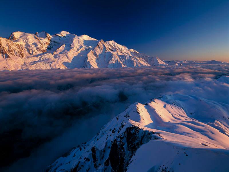 Beispiel aus dem Tutorial mit Tipps zur Bergfotografie: Mit der richtigen Ausrüstung ein Gebirge fotografieren.