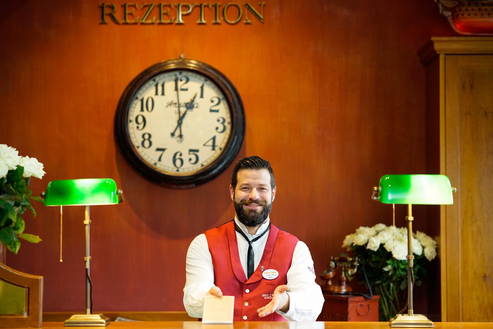 Rezeption eines Hotels