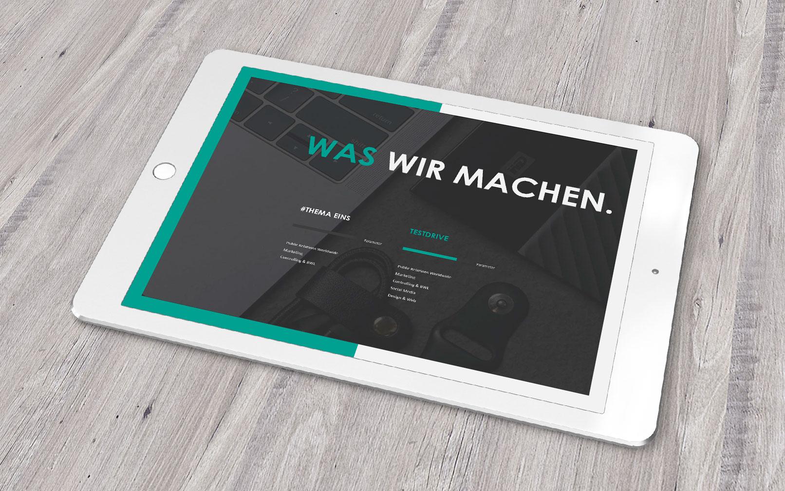PowerPoint Präsentationsvorlage Air, dargestellt auf einem Tablet