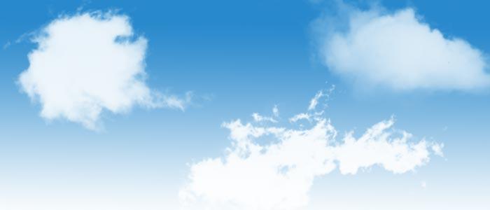 Wolken eingearbeitet in einen Himmel