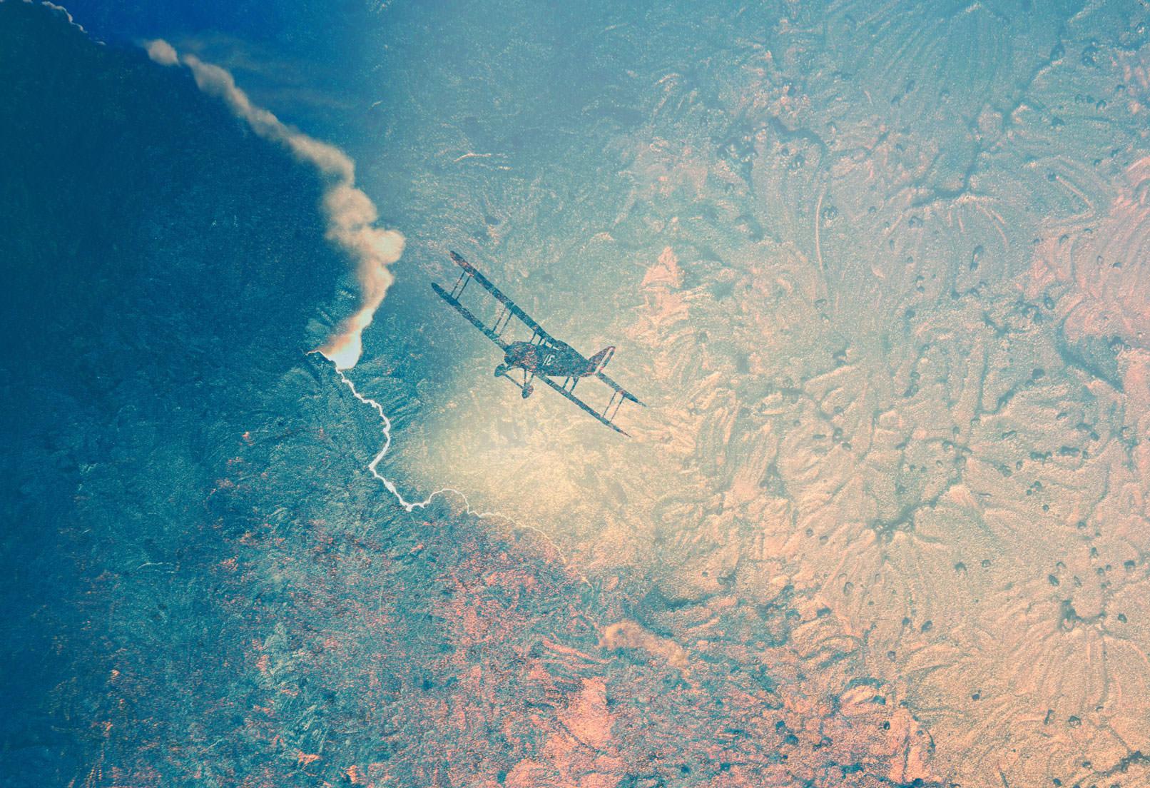 Flugzeug über den Wolken, darauf Textur aus Acryl und Lack