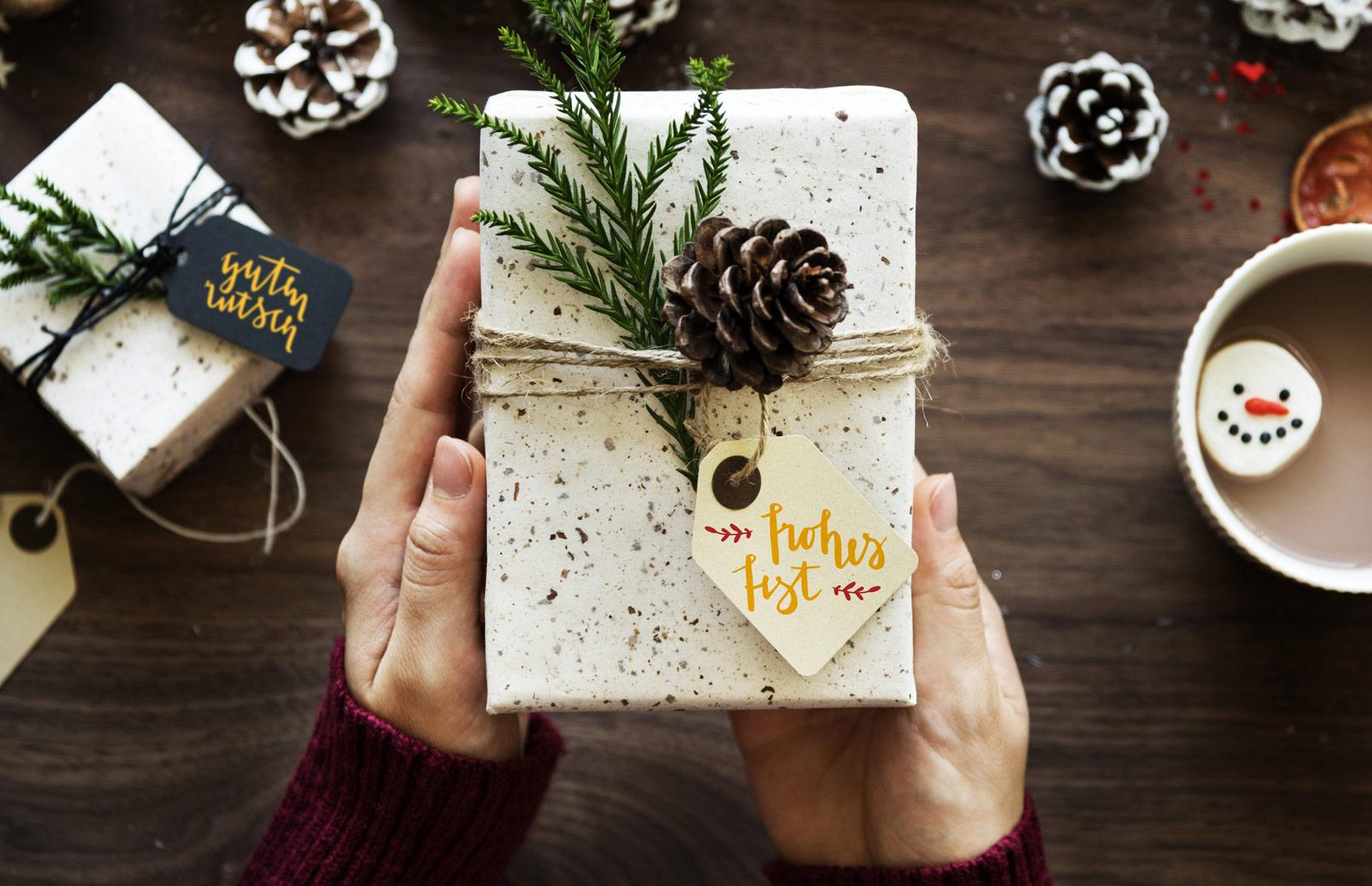 Beispiel zur Anwendung der Handlettering-Vorlagen: Geschenkanhänger