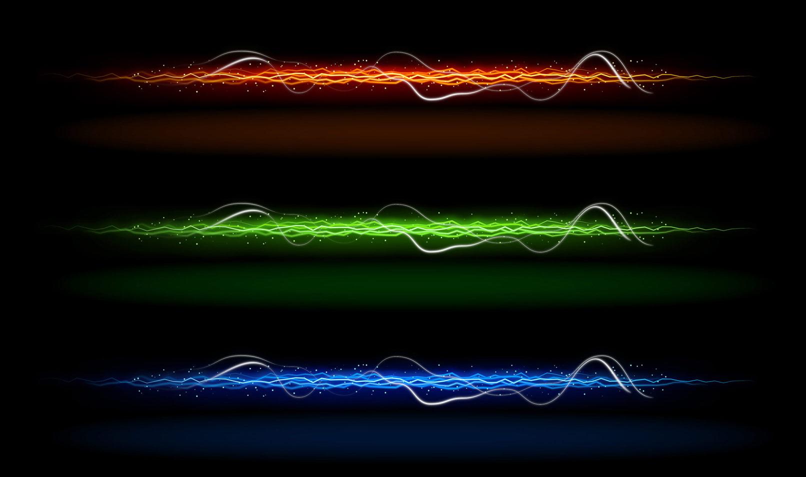 Lichtspuren in verschiedenen Farben, orange, grün und blau