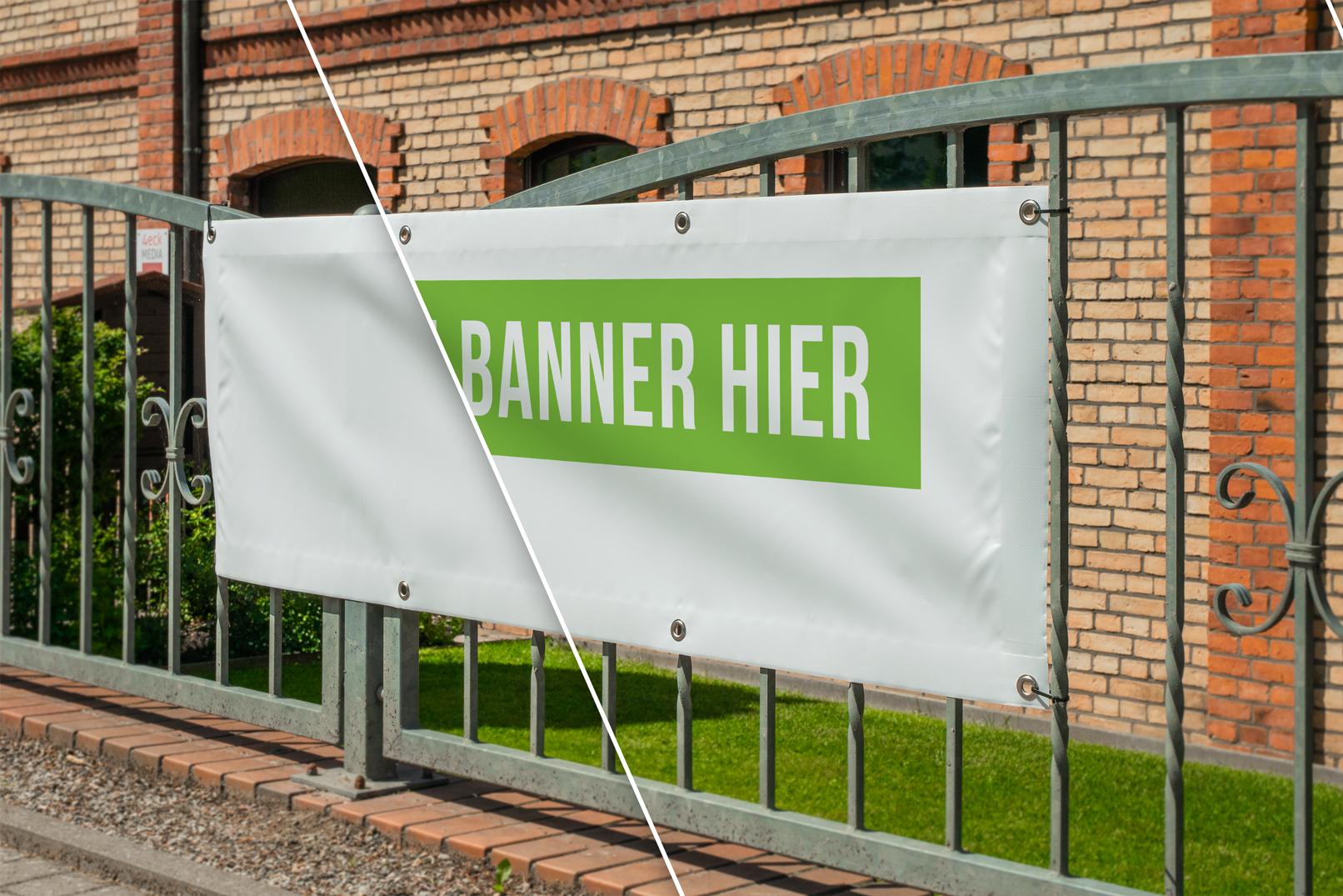 Mockup für ein Banner an einem Zaun vor einem Haus
