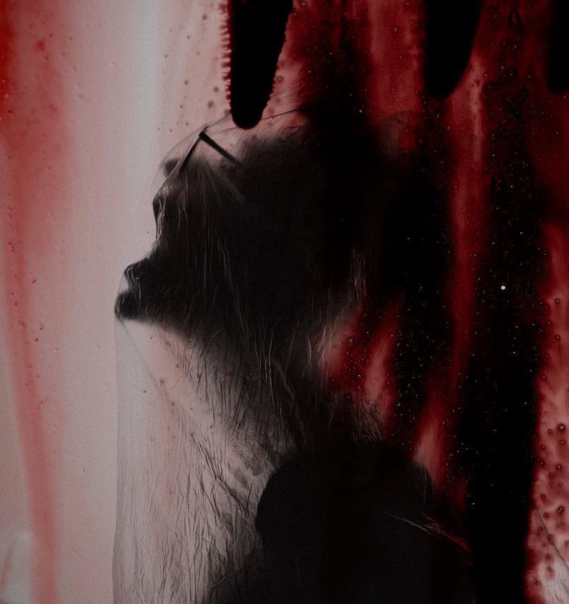 Horror-Szene, in die ein Bild mit einer Blut-Textur eingearbeitet wurde.